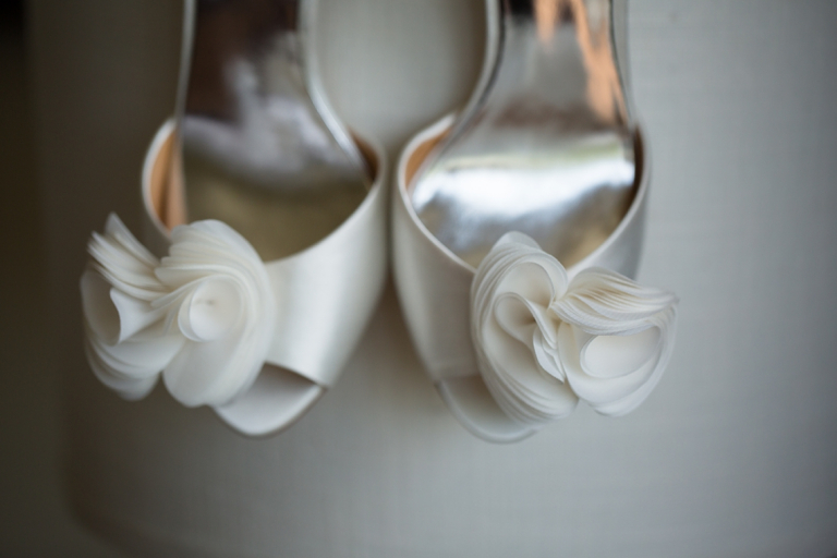 19Kelly_Vincent_Lake_of_Isles_Wedding_Allegra_Anderson_Photography