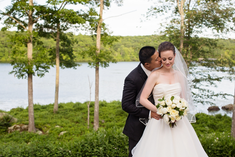 389Kelly_Vincent_Lake_of_Isles_Wedding_Allegra_Anderson_Photography