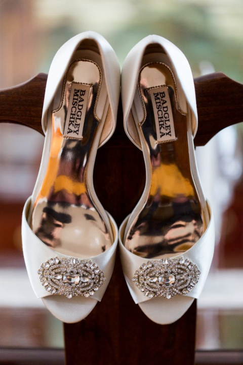 Allegra_Anderson_Photography_Connecticut_Wedding_Photgrapher_Society_Room_Hartford_14